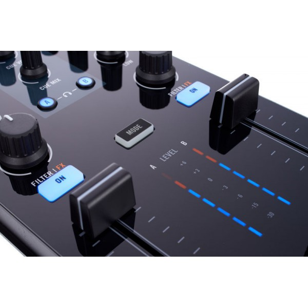 native instrument traktor kontrol z1 dj mixer and. Black Bedroom Furniture Sets. Home Design Ideas