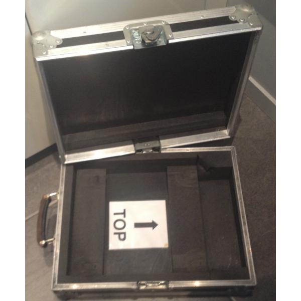 flight case valise pour ordinateur portable 15 pouces occasion jsfrance. Black Bedroom Furniture Sets. Home Design Ideas