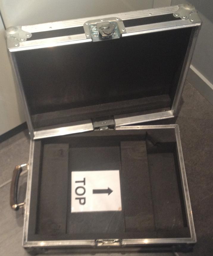 flight case valise pour ordinateur portable 15 pouces. Black Bedroom Furniture Sets. Home Design Ideas
