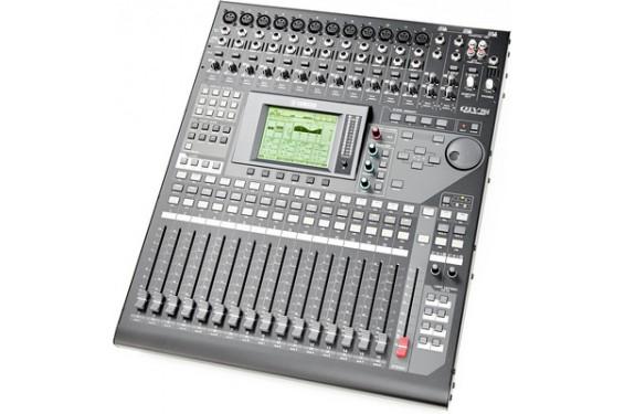 YAMAHA - Table de mixage numérique 01V96i  (Neuf)