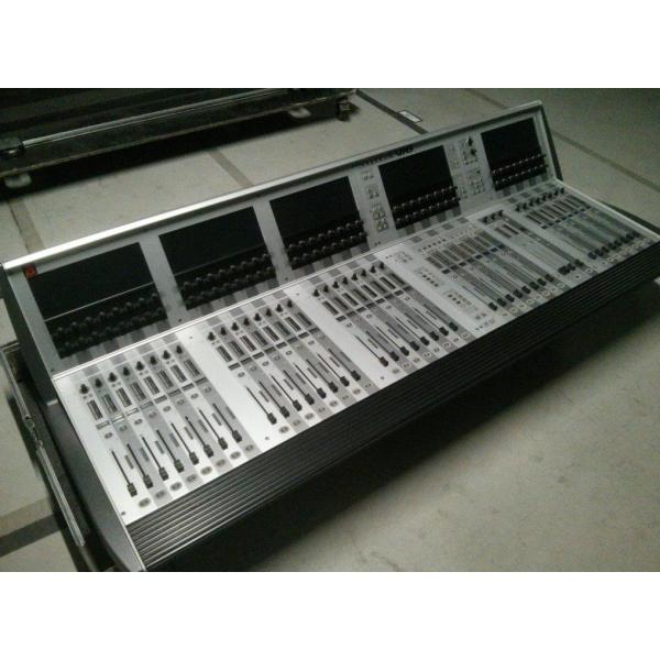 soundcraft table de mixage num rique vi6 inclus flight case occasion jsfrance. Black Bedroom Furniture Sets. Home Design Ideas