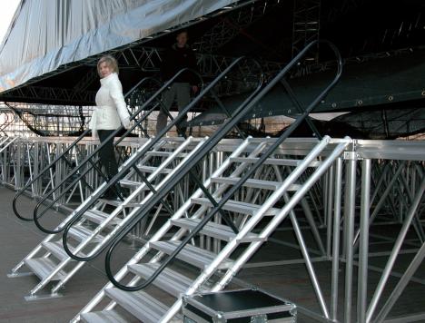 prolyte escalier ajustable de 100 139 cm de hauteur neuf jsfrance. Black Bedroom Furniture Sets. Home Design Ideas